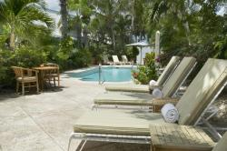 Lounge Chairs Pooldeck