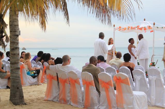 Aruba Weddings by Bonny