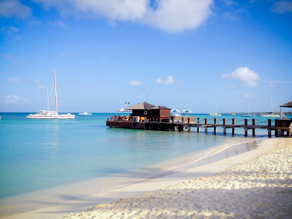 Palm Beach Aruba  city pictures gallery : Piets Pier and Catamaran Palm Beach Aruba