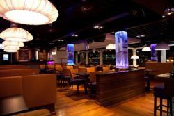 7 West Lounge 4
