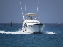 hatts_off_yacht_3