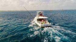 carla charters aruba deep sea fishing.jpg
