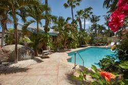 Paradera Park Pool and Reception