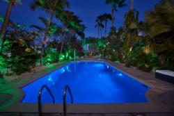 Paradera Park Pool view East at night