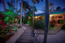 Paradera Park Boardwalks Suites at night