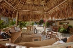Paradera Park Cabana with Lounge Area