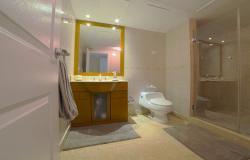 3_OC 513 MASTER BATH