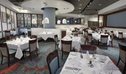 Ruth's Chris Interior 2.jpg
