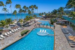Aruba-Holiday-Inn-Pool-Drone.jpg