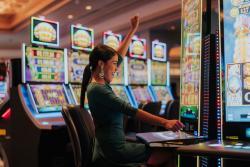 19 - Casino.jpg