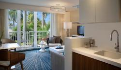 24 Guestroom_OS_Model_Living_0033.jpg