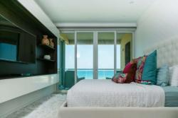 Condos - For sale -AZURE Residences -img -6