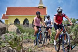 feature-aruba-active-vacations-mountain-biking-on-the-one-happy-island.jpg