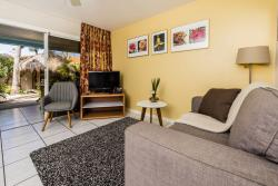 Paradera Park One Bedroom Suite - porchview.jpg