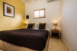 Paradera Park Two Bedroom Suite - bedroom 1king.jpg