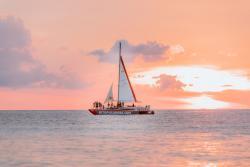 Sunset Cruise Aruba.jpg